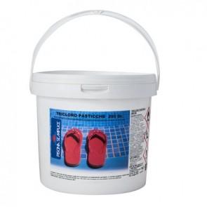 Tricloro pastiglie da 200gr per piscine 1 kg